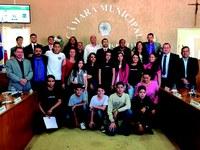 Demandas de participantes do projeto Jovem Aprendiz Cidadão são apresentadas durante sessão da Câmara Municipal